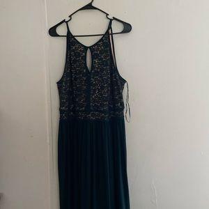 NW Woman Green Ballgown